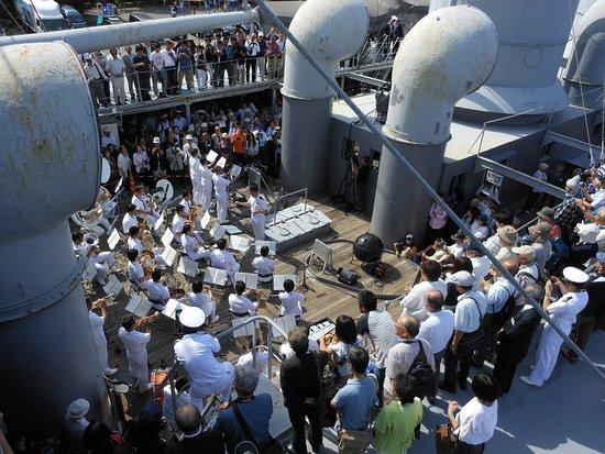 Memorial Ship MIKASA: 横須賀音楽隊演奏会 JMSDF Yokosuka band