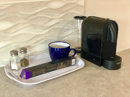 Gundagai Tourist Accommodation : Complimentary Nespresso In Room