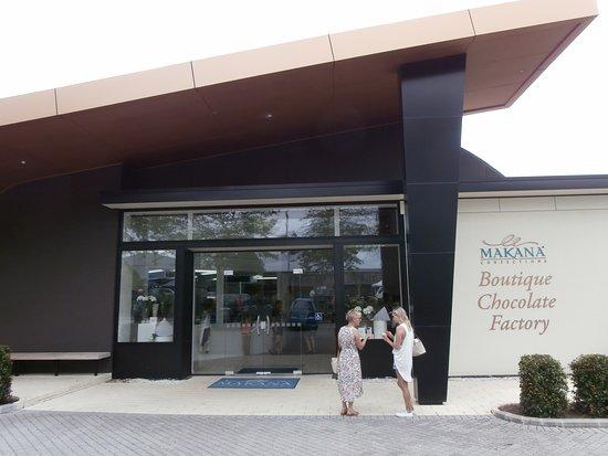 Makana Chocolate Boutique: Makana Boutique Chocolate Factory shop facade