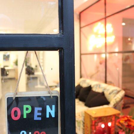 EVA nails & café facade and interior