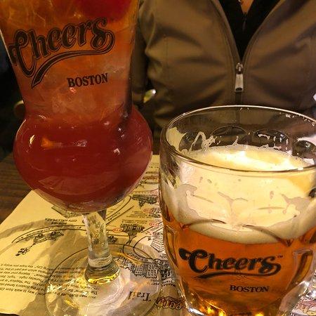 Cheers Beacon Hill Resmi