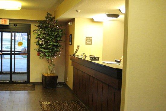 Comfort Inn River's Edge: Reception