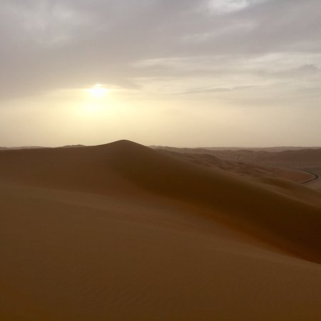 Liwa Oasis, United Arab Emirates: photo0.jpg
