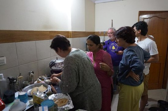 vegetarian & non vegetarian Cooking class in Jaipur