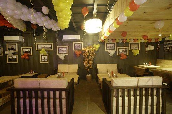 Mum's Cafe: @mums_cafe