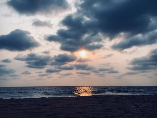 Padinharekara Beach