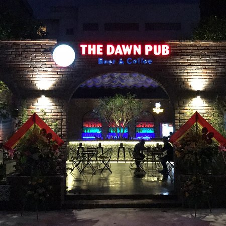 The Dawn Pub &Coffee Cua Lo