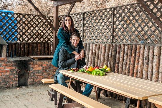 Mys Krutoy: Индивидуальная зона барбекю при гостинице из Бруса