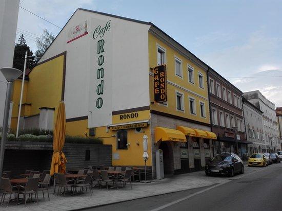 Grieskirchen, النمسا: Aussenansicht