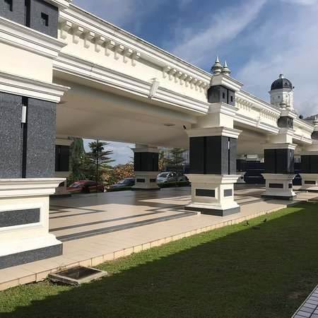 Sultan Abu Bakar State Mosque: This Mosque is very beautiful and peaceful place .  Again I want to go there and visit this mosq