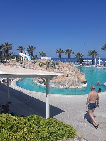 Club Tarhan Beach Hotel Photo