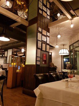 La Caña: Great restaurant and bar