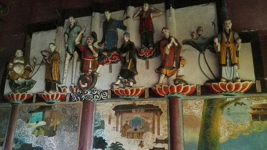 Mingshan County, Çin: IMG_20180511_162943_large.jpg