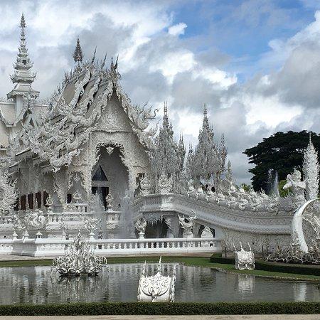 Wat Rong Khun – fotografia