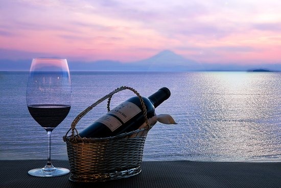 Scapes the Suite:  Sommelier pairing