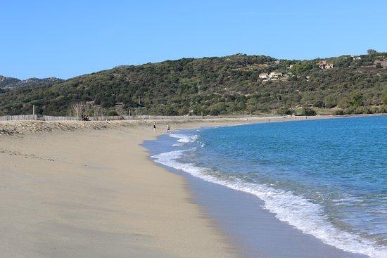 Vue de la plage de Lozari