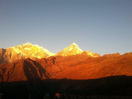 Mountain Eco Treks & Expedition: Sunset view from Khopra  ridge(Danda)Breath-taking panorama of Annapurna & Dhaulagiri range from