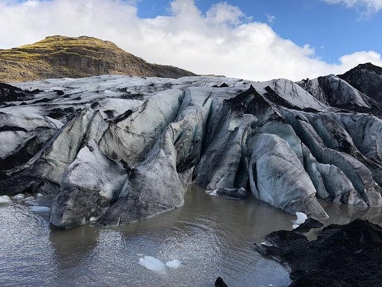 Southern Iceland Glaciers, Waterfalls and Beaches Day Tour: Gletsjer: Sólheimajökull