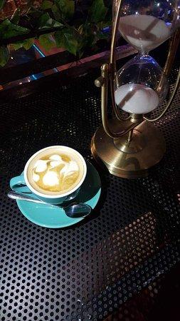 Momentz Music Restaurant: Cappuccino