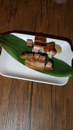 Momentz Music Restaurant: Homemade Roasted Pork Belly
