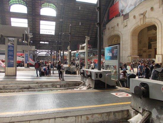 Milano Centrale: Kopfbahnhof