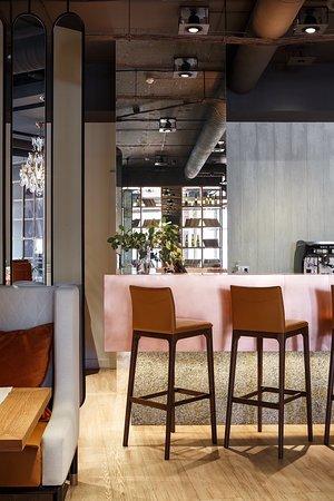 DA Restaurant: Мы - за натуральные текстуры в интерьере, вызывающие приятные эмоции