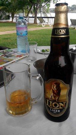 Hemadan Restaurant & Beer Garden : Lion Lager Beer