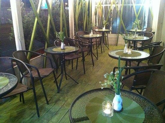 Dream Cafe: Вечер на уютной террасе, пледики - если прохладно.