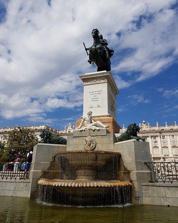 พระราชวังหลวงมาดริด: The palace area