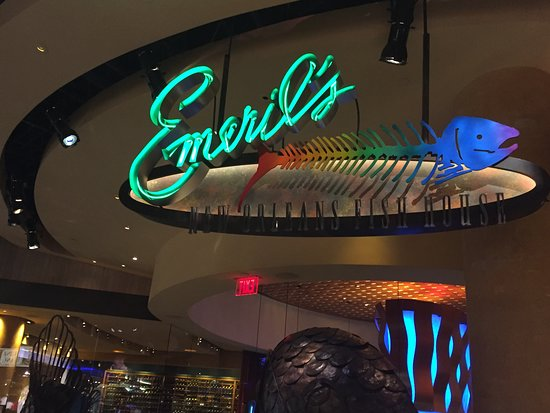 Emeril 39 s new orleans fish house for New orleans fish house