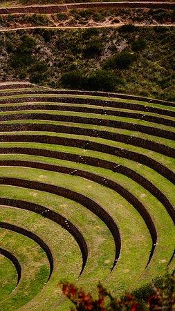 Moray: Foto do caminho até os terraços