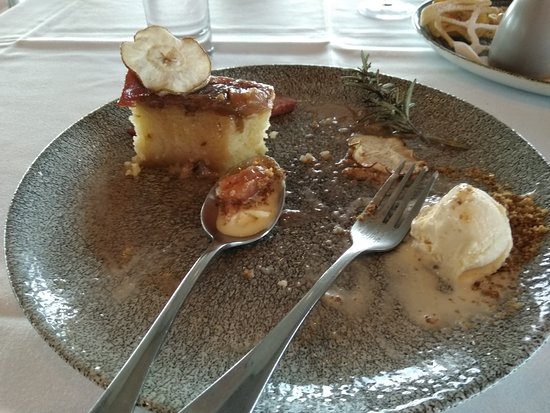 Jack Rabbit Vineyard: 1/3 Remains of toffee pair and rosemary pudding