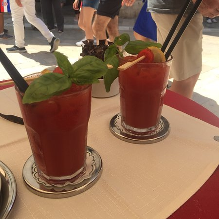 Cafe Festival: Excellent Bloody Mary