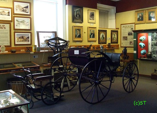 Lakes District Museum & Art Gallery: cart