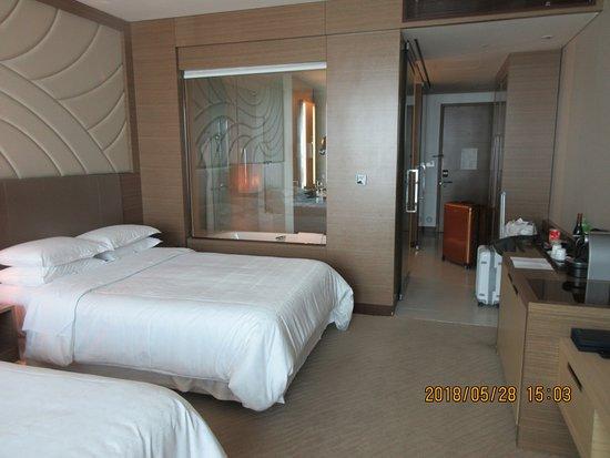 Sheraton Seoul D Cube City Hotel Photo