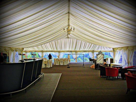 Ringwood Hall Hotel & Spa : The Marquee at the rear of the hotel
