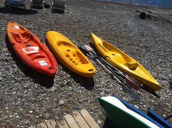 Xenios Water Sports Pissouri Bay: SINGLE KAYAKS
