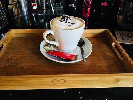 Shelly's Bistro: Cappuccino