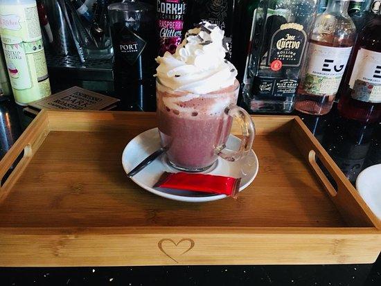 Shelly's Bistro: Italian luxury hot chocolate!