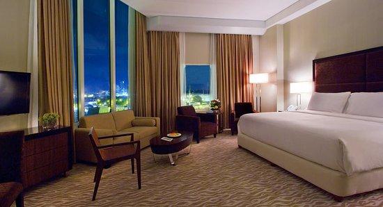Acacia Hotel Manila: lovable and customized very well