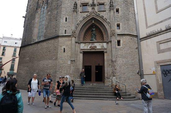 มหาวิหารเซนต์แมรีออฟเดอะซี: 裏の入り口