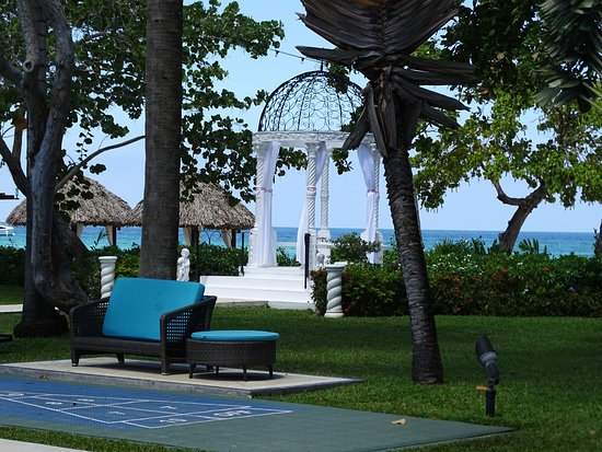 Beaches Negril Resort & Spa Photo