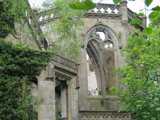 Crawford Priory: gothic design