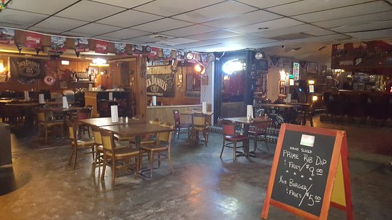 Waterloo, NE: Dive bar done right.