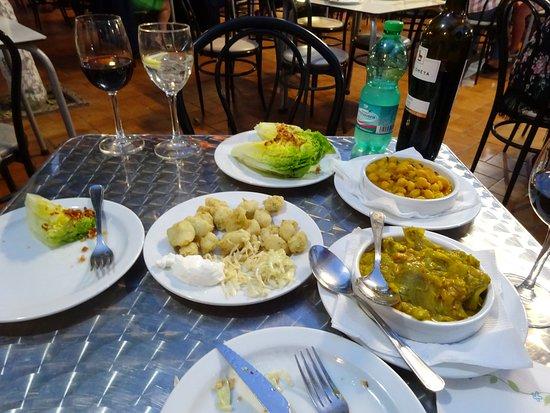 Restaurante Sociedad Plateros Maria Auxiliadora: generous media racions