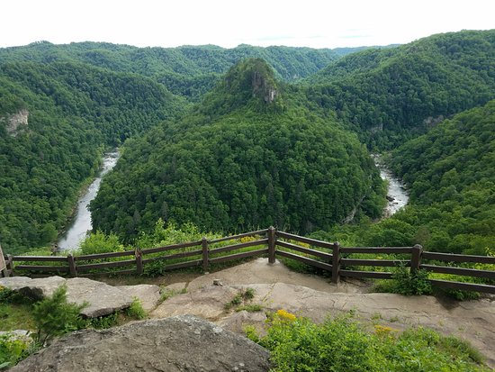 Breaks Interstate Park: View from Towers Overlook