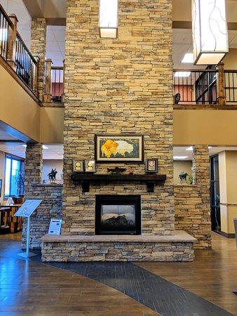 Best Western Premier Ivy Inn & Suites: Lobby area