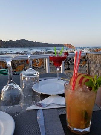 Me Gusta Beach Restaurant Bar Photo