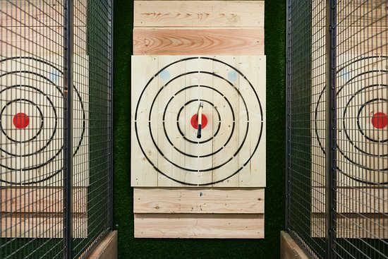 Urban Axe Throwing: Vol in de roos!