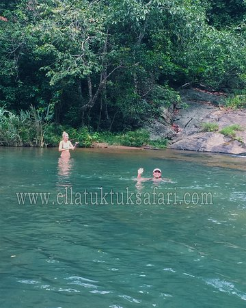 Ella Tuk Tuk Safari: swimming
